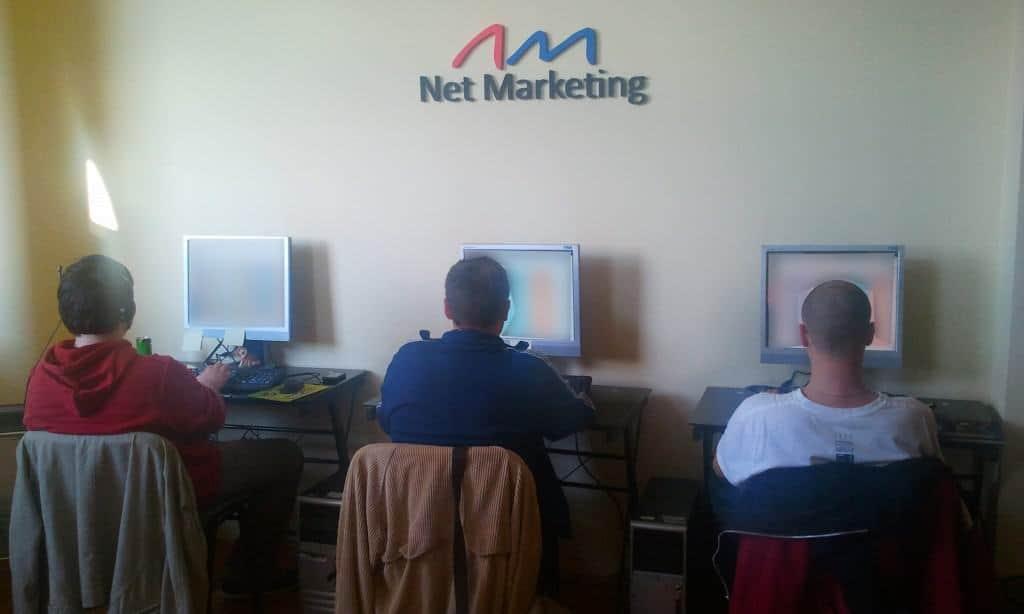 media-buying-team02